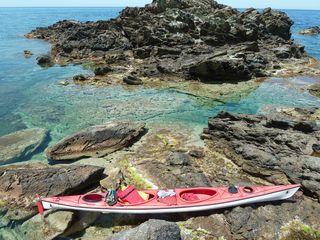 Agathe fait du kayak